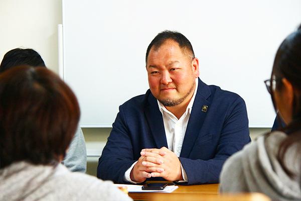 代表取締役 宮内 雅浩